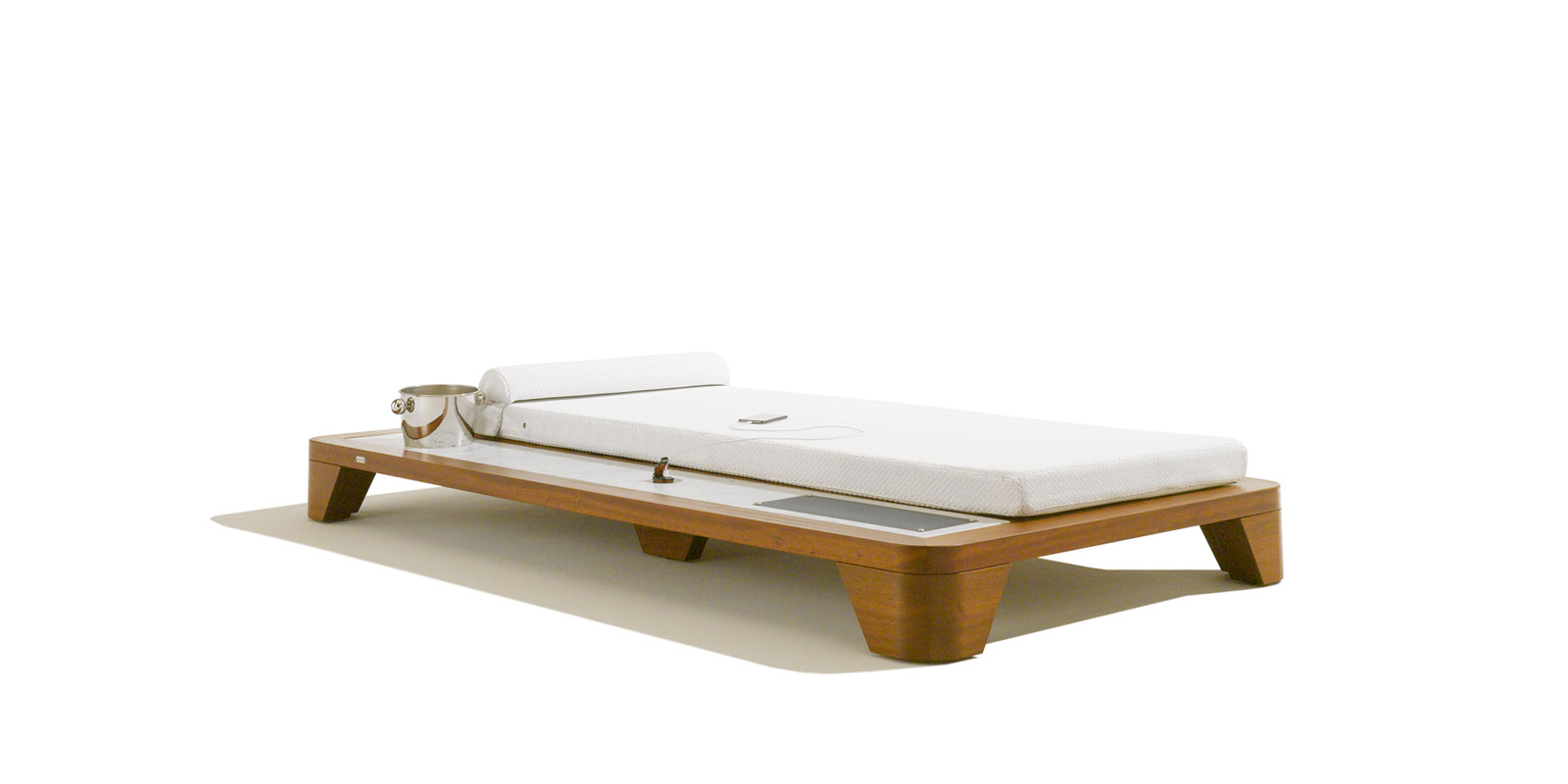 Grand Belvedere Daybed
